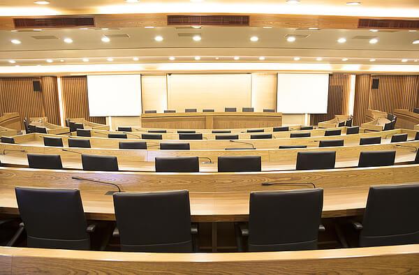 ehlion-Professionelle-Dolmetscher-fuer-Konferenzen