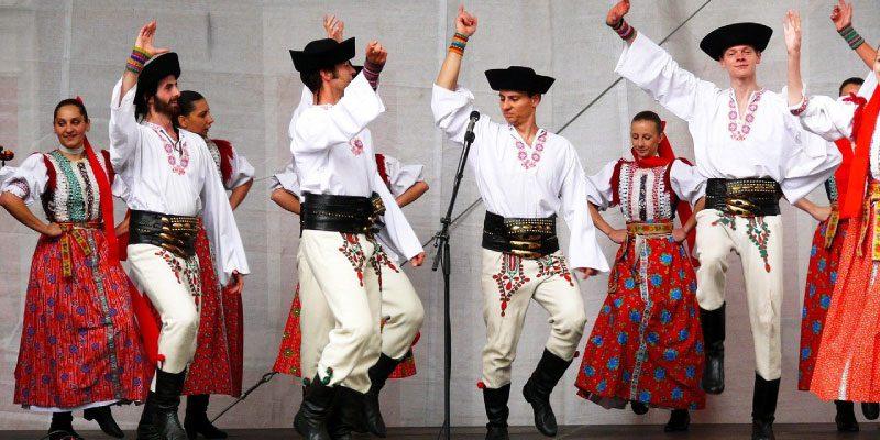 Slovak-language-Slovak-Slovenčina-translation-EHLION
